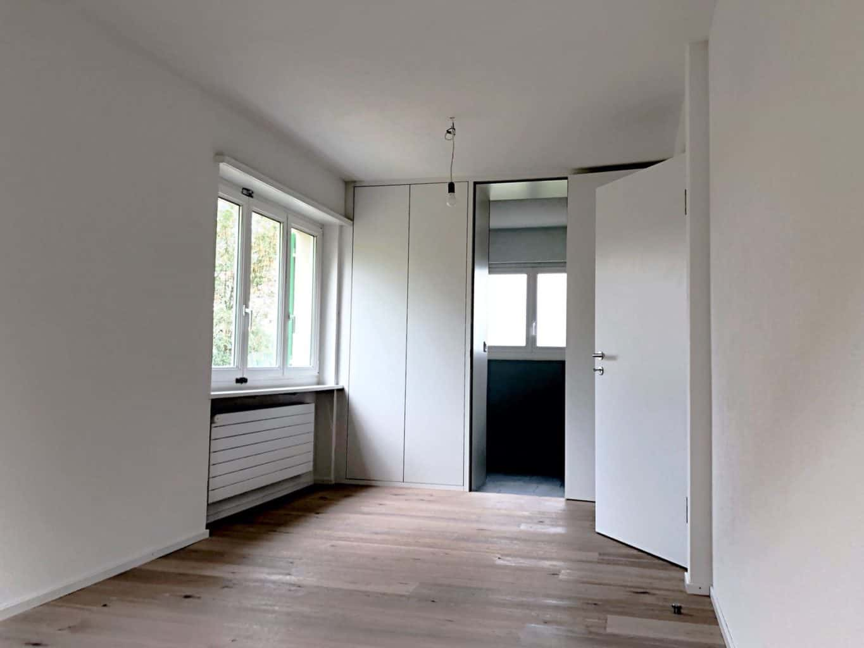 Essbereich mit Wandschrank in Langnau